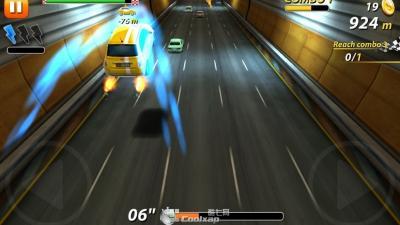 《on the run》评测-----出色的激情赛车跑酷游戏