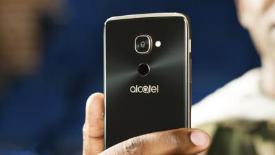 骁龙820旗舰4188元起,Win10手机阿尔卡特Idol 4 Pro欧洲开卖